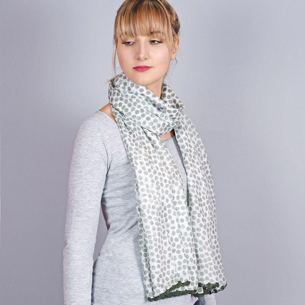 AT-04318-VF10-1-foulard-femme-pois-gris