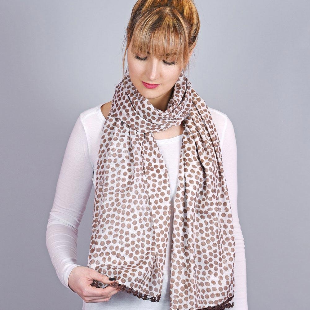 AT-04319-VF10-1-foulard-femme-pois-dentelle-taupe
