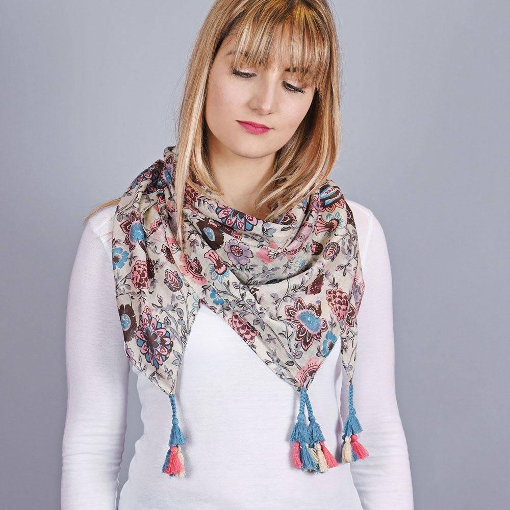 AT-04335-VF10-1-foulard-fantaisie-fleurs-naives
