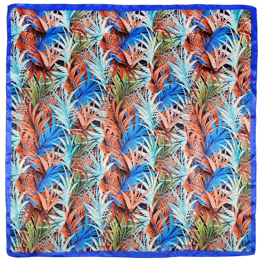 AT-04351-A10-carre-soie-bleu-ramages