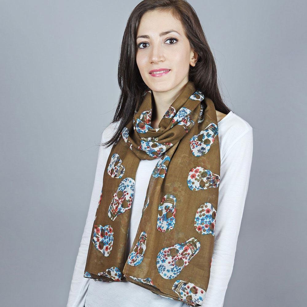 AT-04385-VF10-1-foulard-tetes-de-mort-taupe