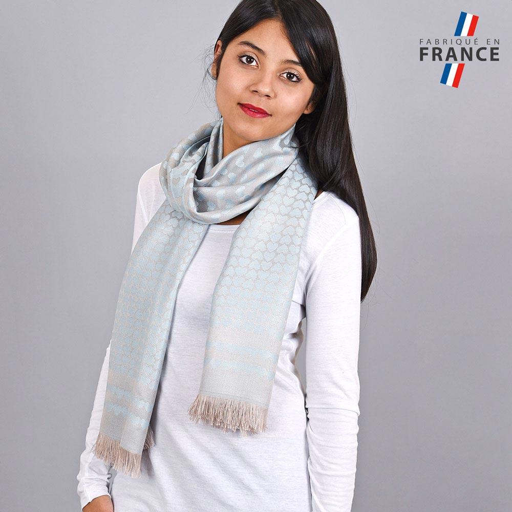 AT-04264-VF10-LB_FR-echarpe-qualicoq-motifs-coeurs-bleu-ciel