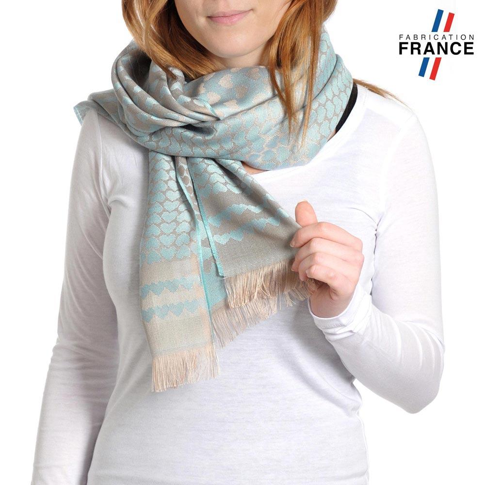 AT-04264-VF10-T-LB_FR-echarpe-qualicoq-motifs-coeurs-bleu-ciel