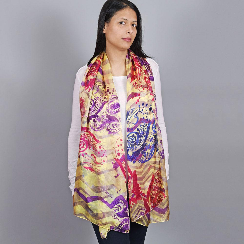 AT-04498-VF10-2-etole-femme-soie-abstraction-jaune-violet