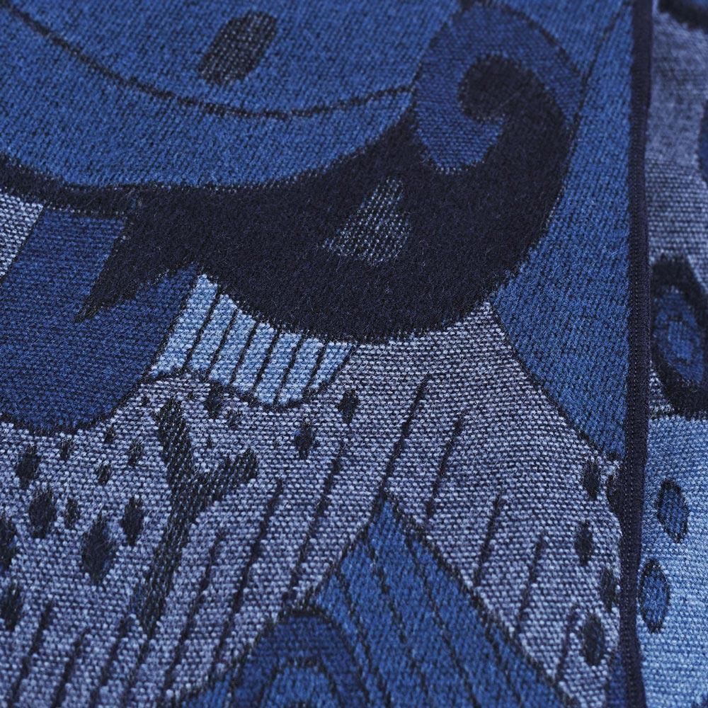 AT-04516-D10-poncho-femme-abstrait-marine