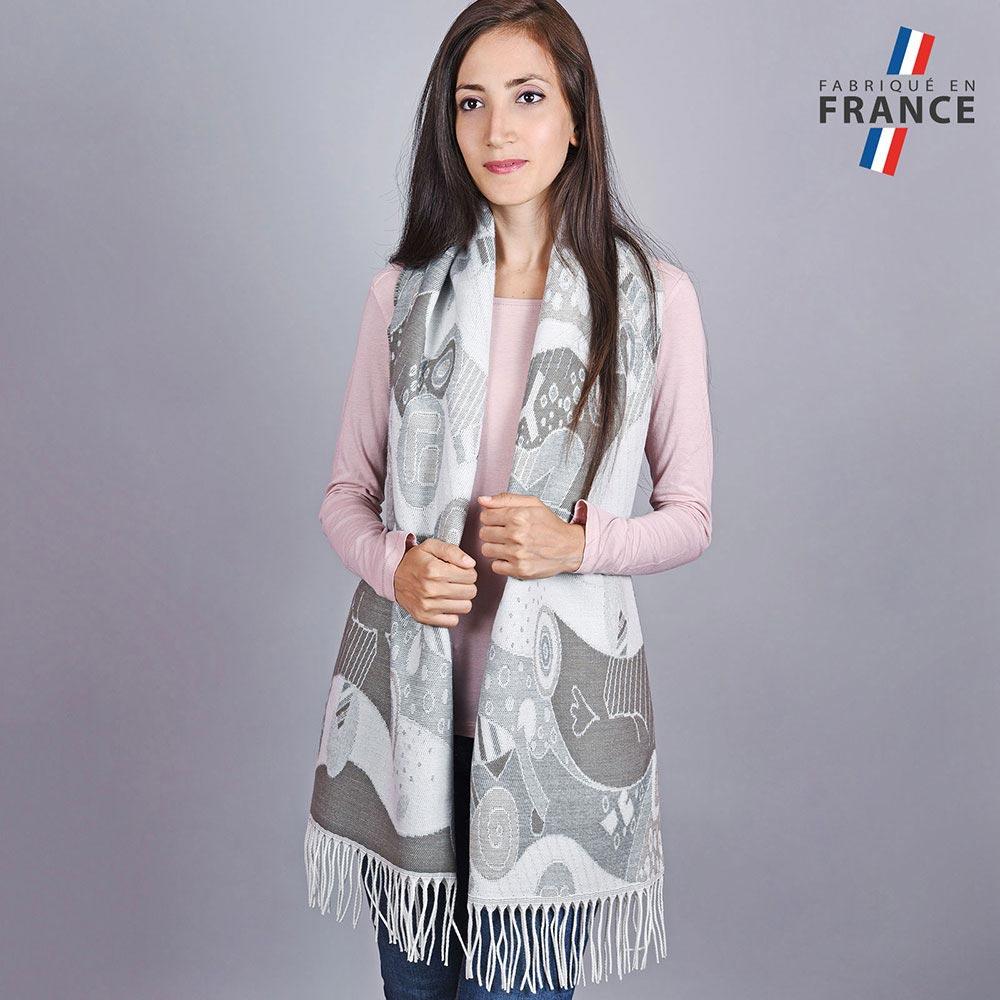 AT-04531-VF10-LB_FR-2-chale-femme-gris-art-moderne