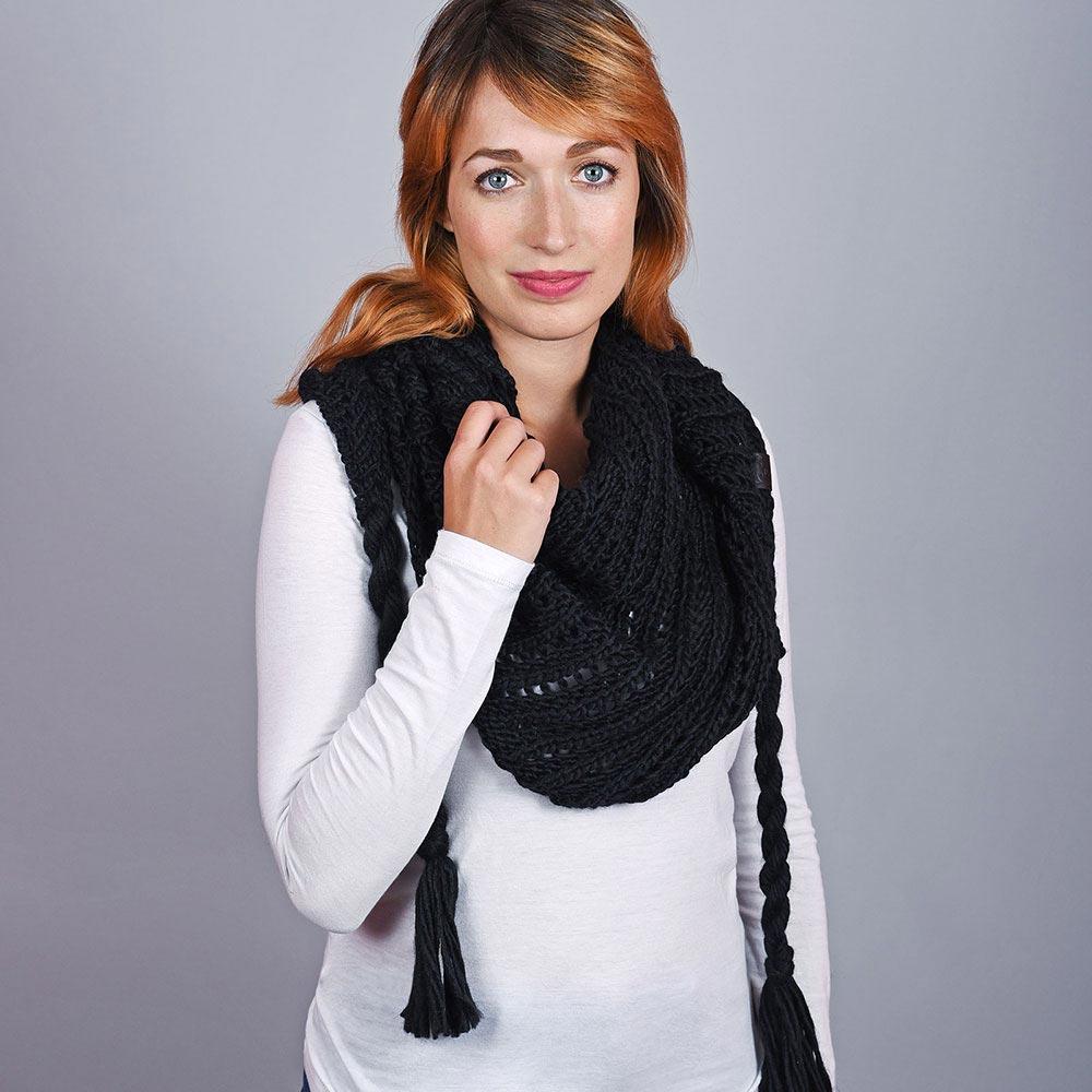 AT-04555-VF10-1-echarpe-femme-nattes-noire