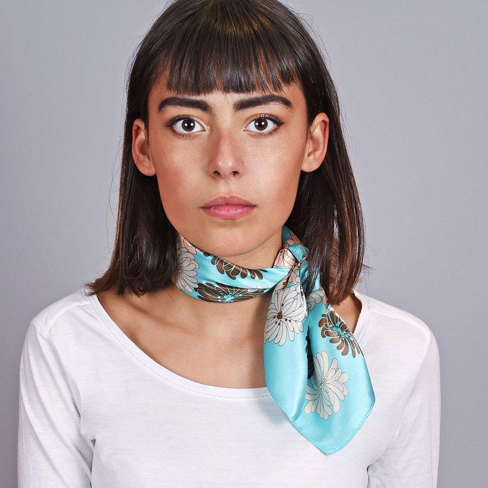 AT-04610-VF10-foulard-carre-de-soie-femme-bleu-turquoise-fleur
