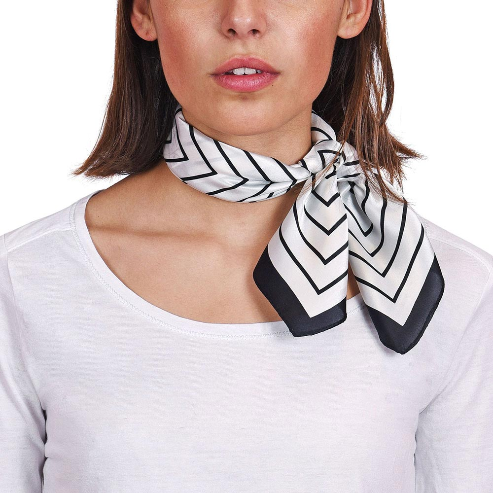 AT-04614-VF10-P-foulard-carre-de-soie-noir-blanc