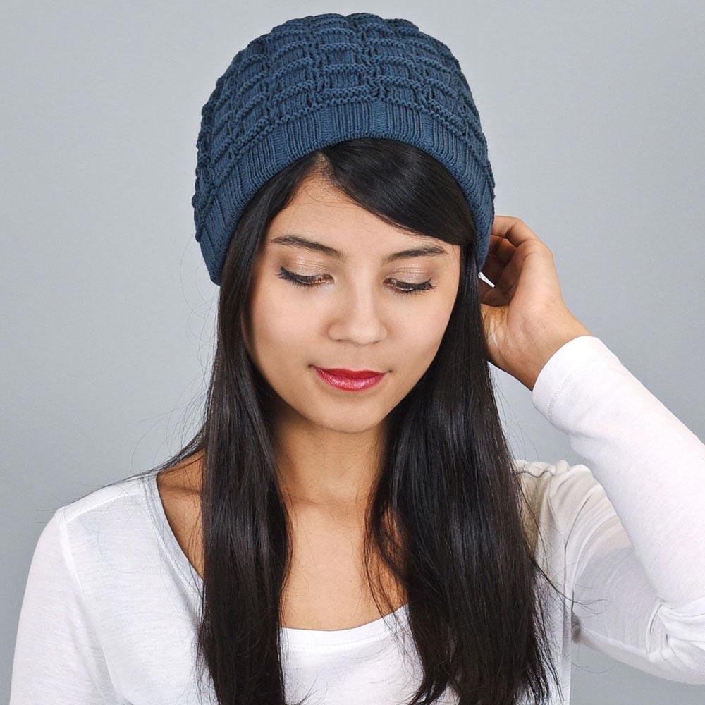 CP-00831-VF10-bonnet-court-femme-bleu-petrole