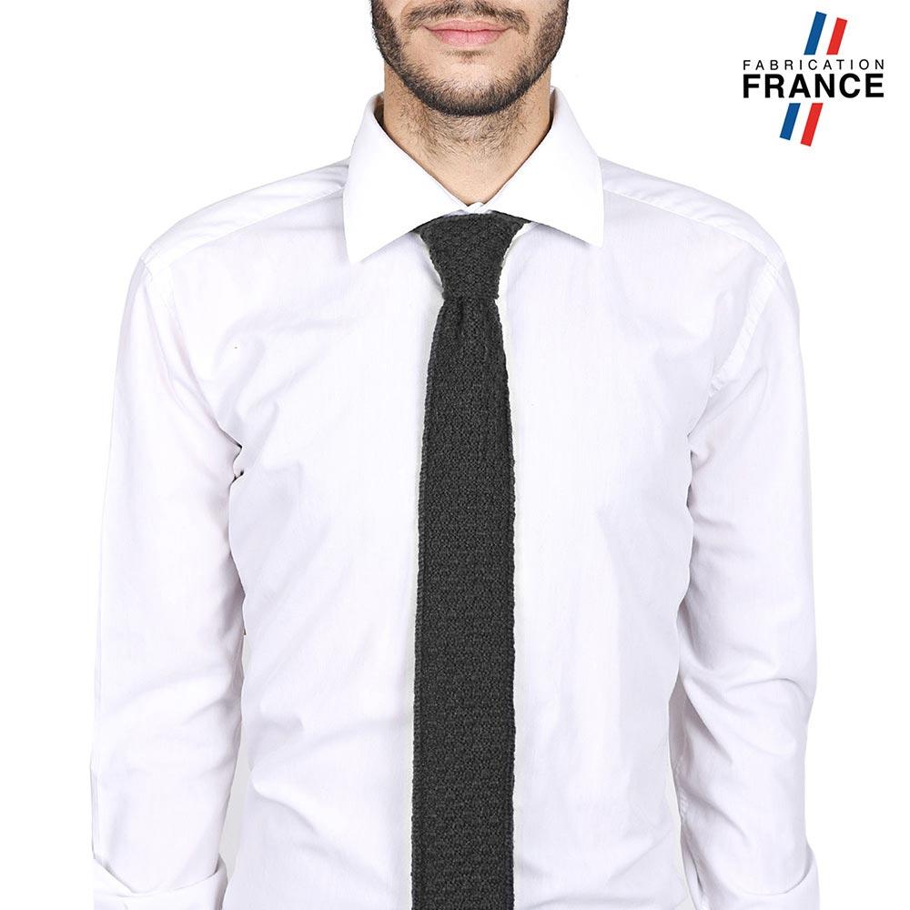 CV-00293-V10-LB_FR-cravate-alpaga-laine-gris