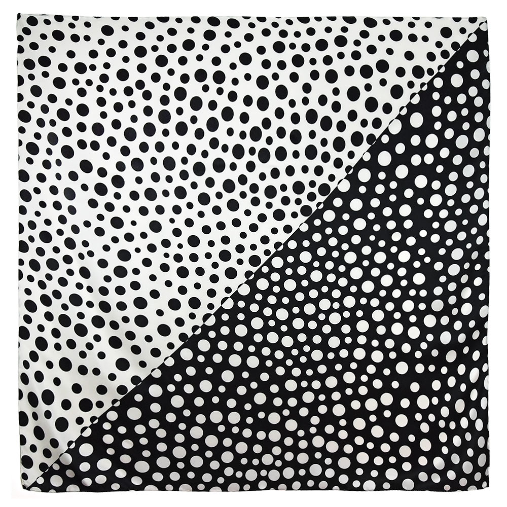 AT-04731-A10-carre-soie-pois-noirs