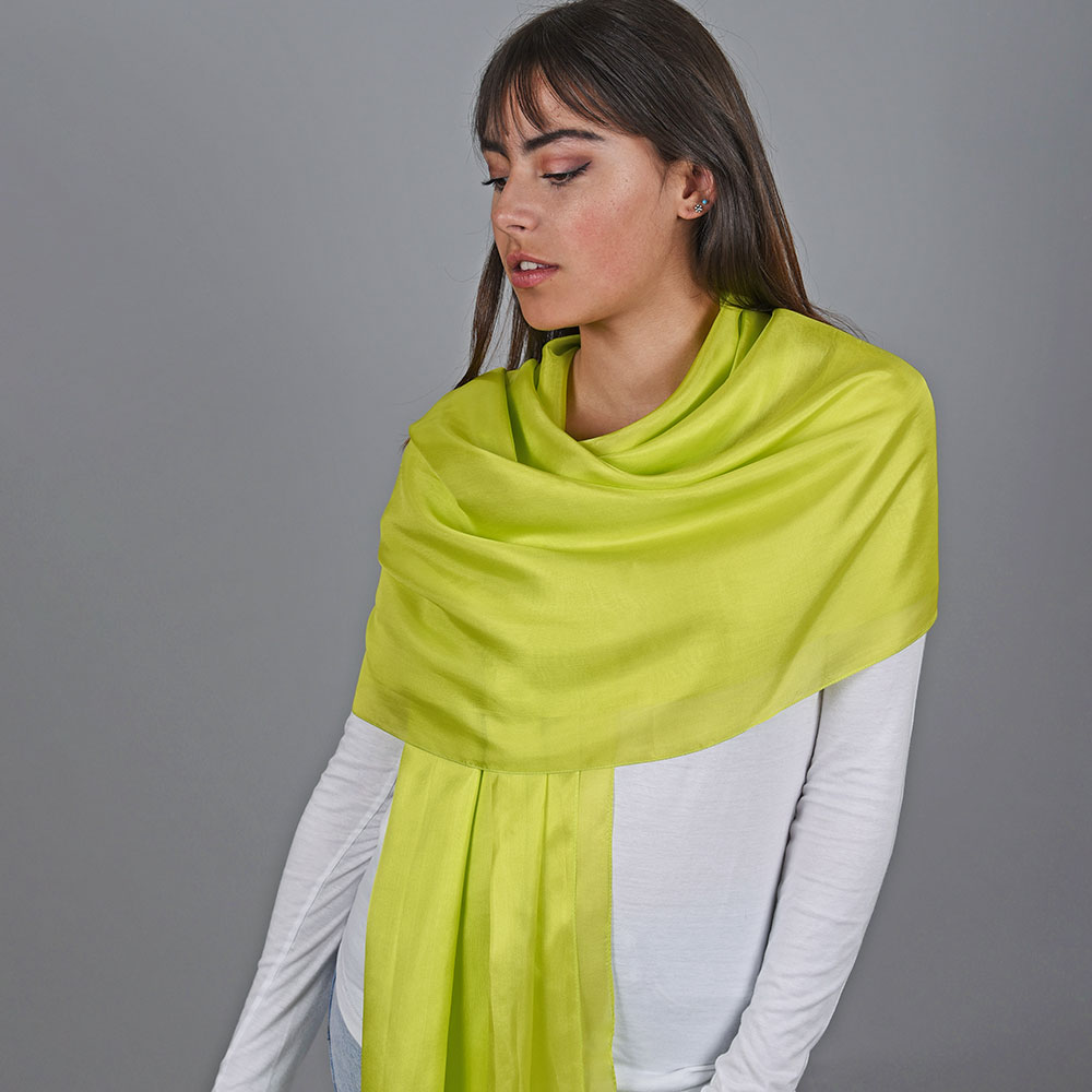 AT-04745-VF10-1-etole-soie-jaune-vert