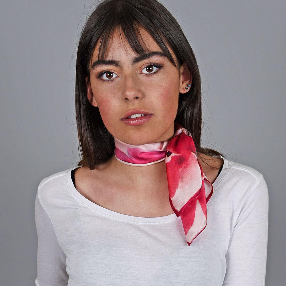 AT-04758-VF10-1-foulard-soie-coquelicots