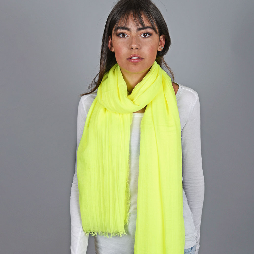 AT-04743-VF10-1-cheche-jaune-fluo