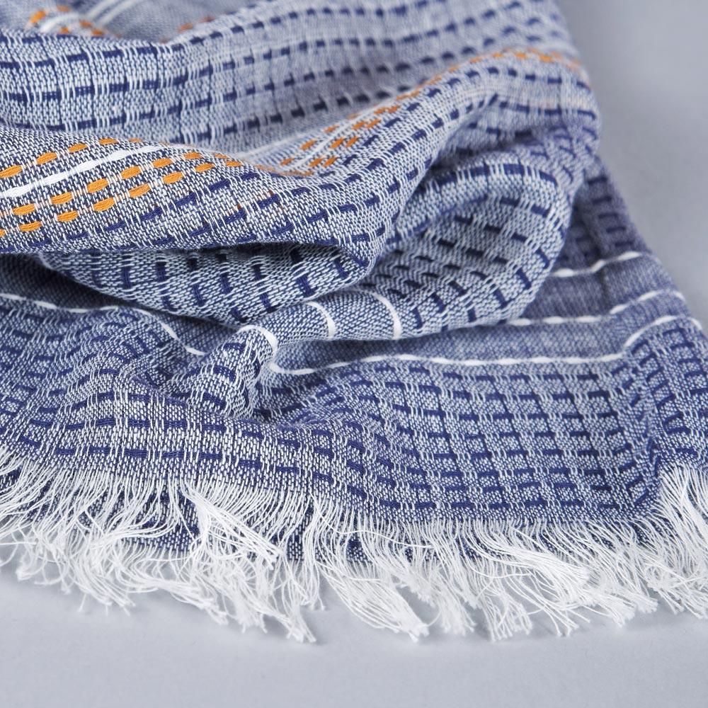 AT-04679-D10-echarpe-femme-bleu-marine