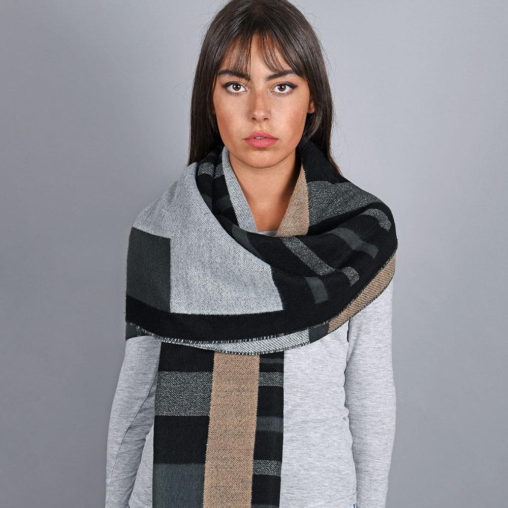 AT-04831-VF10-1-chale-femme-noir-gris