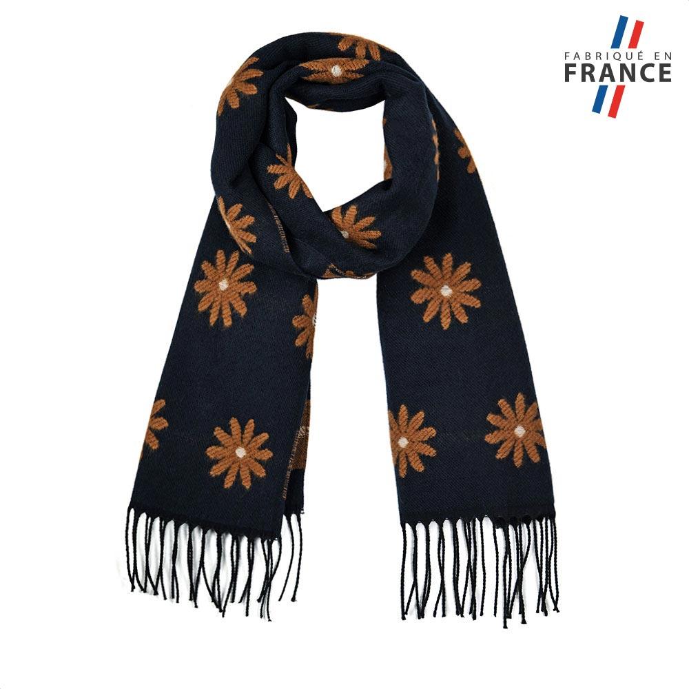 AT-05671-F10-FR-echarpe-femme-marine-marguerites
