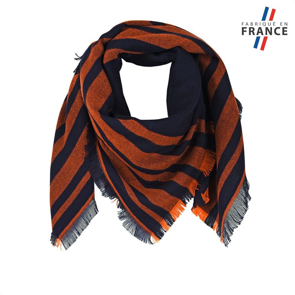 AT-05821-F10-FR-echape-carre-fantaisie-noire-et-orange