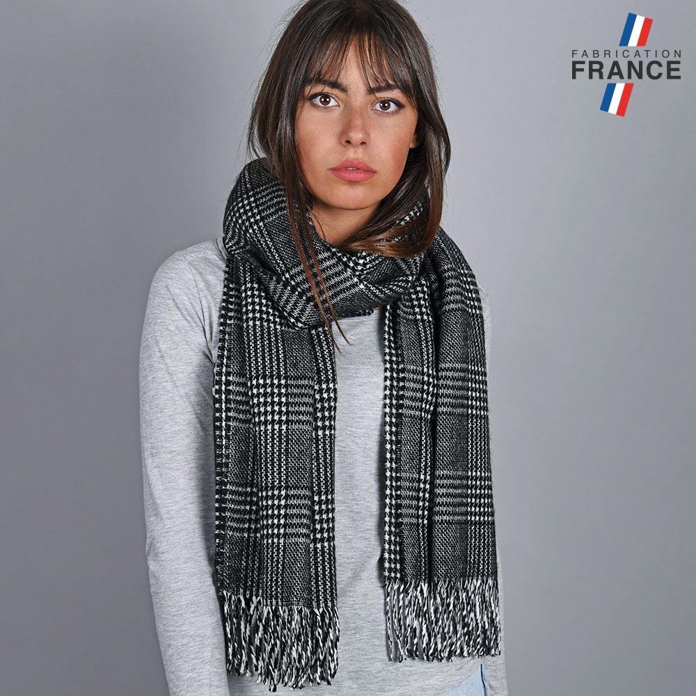 AT-04821-VF10-2-LB_FR-chale-femme-tartan-noire