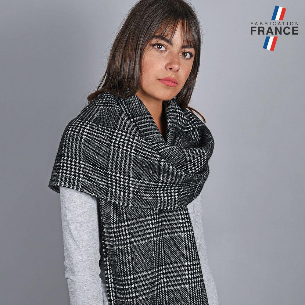 AT-04821-VF10-1-LB_FR-chale-tartan-noir