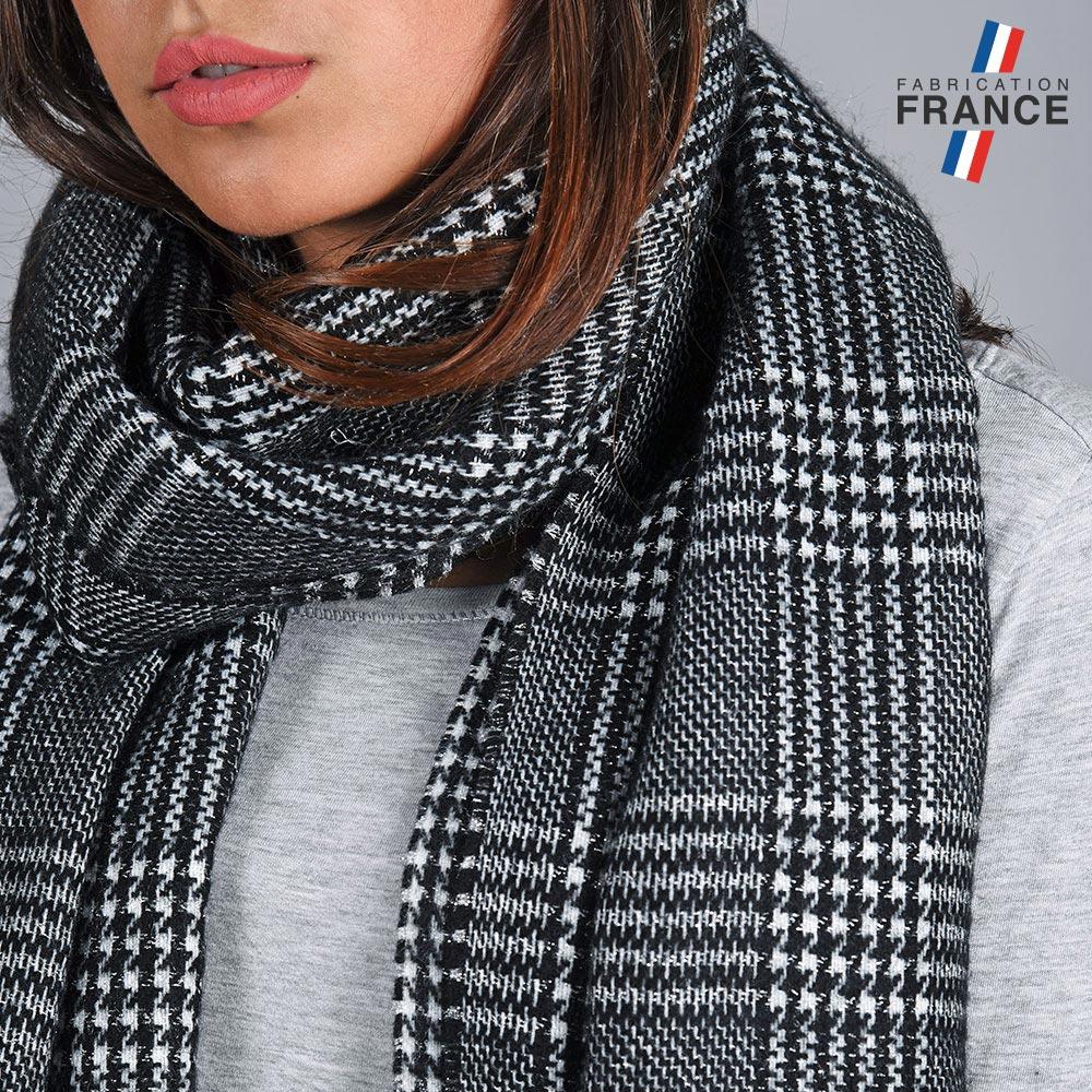 AT-04821-VF10-3-LB_FR-chale-femme-carreaux-noire