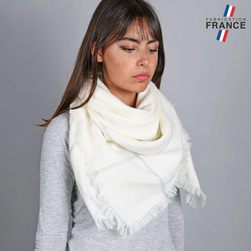 AT-04827-VF10-1-LB_FR-echarpe-carre-blanche