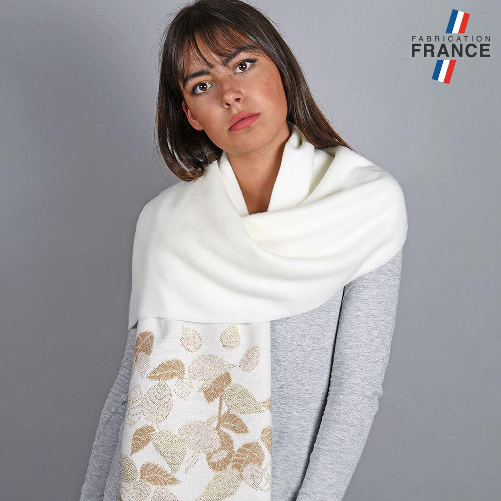 AT-04838-VF10-1-LB_FR-chale-automne-blanc