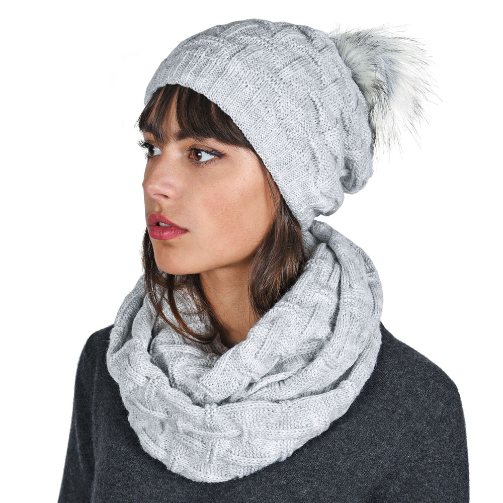 AT-05881-VF10-P-ensemble-snood-et-bonnet-gris