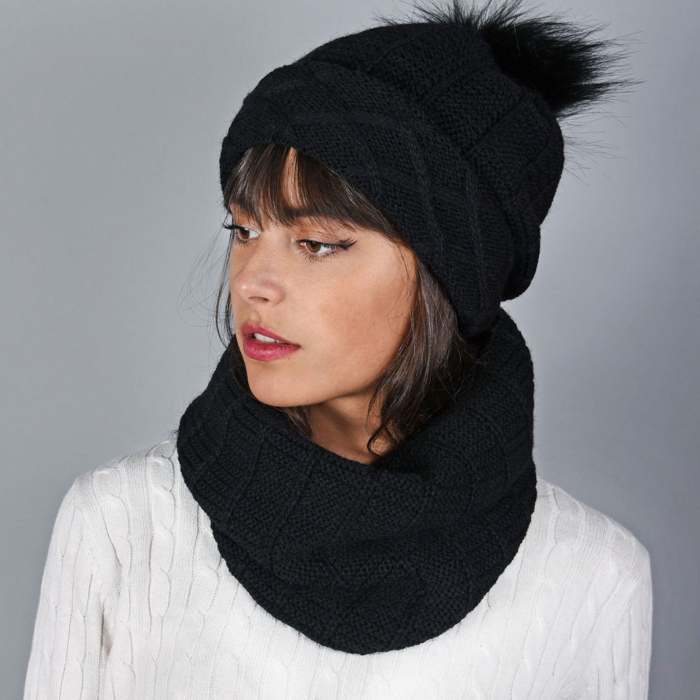 AT-05892-VF10-snood-et-bonnet-pompon-noir
