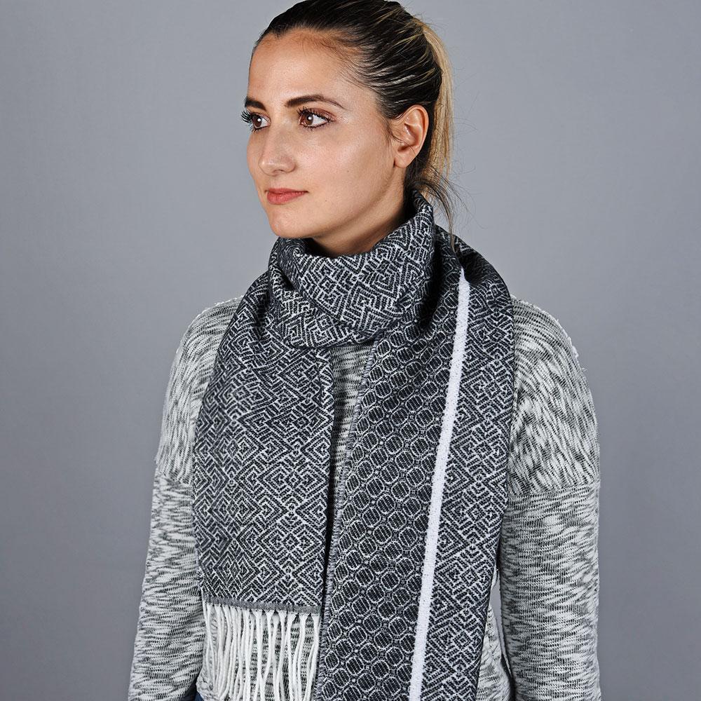 AT-05763-VF10-2-echarpe-femme-gris-noir-fabrication-en-LB_FRance
