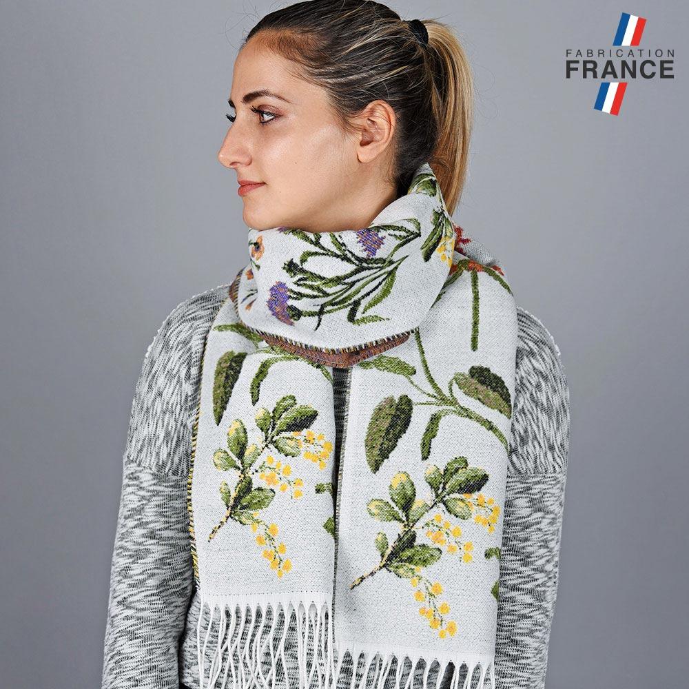 AT-05639-VF10-LB_FR-echarpe-fleurs-blanche-fabriquee-en-france