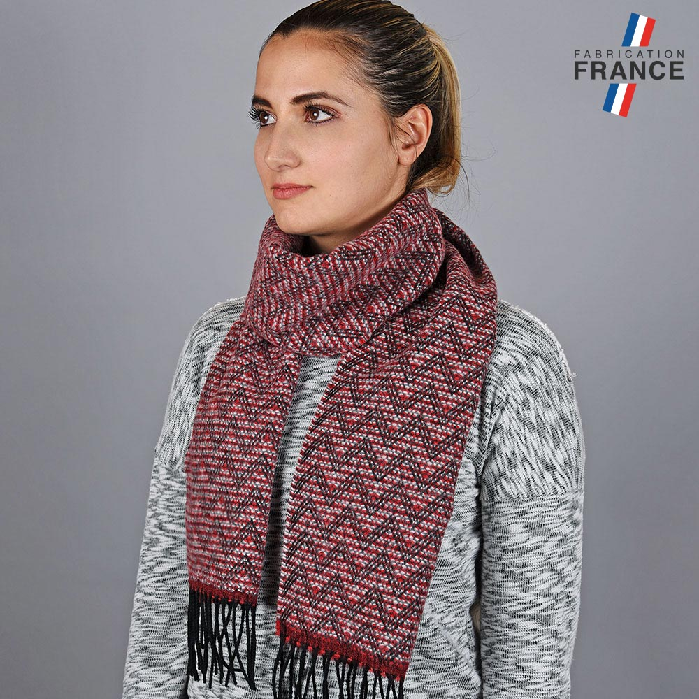 AT-05664-VF10-LB_FR-echarpe-rouge-zigzag
