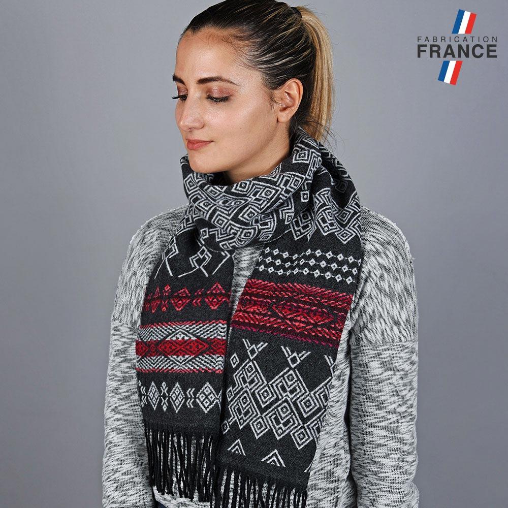 AT-05764-VF10-LB_FR-echarpe-femme-geometrie-noire-labelise-france