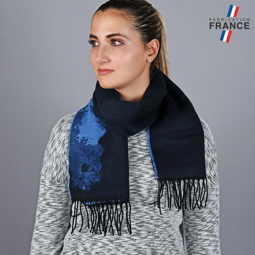 AT-05791-VF10-LB_FR-echarpe-fleur-bleue-made-in-france