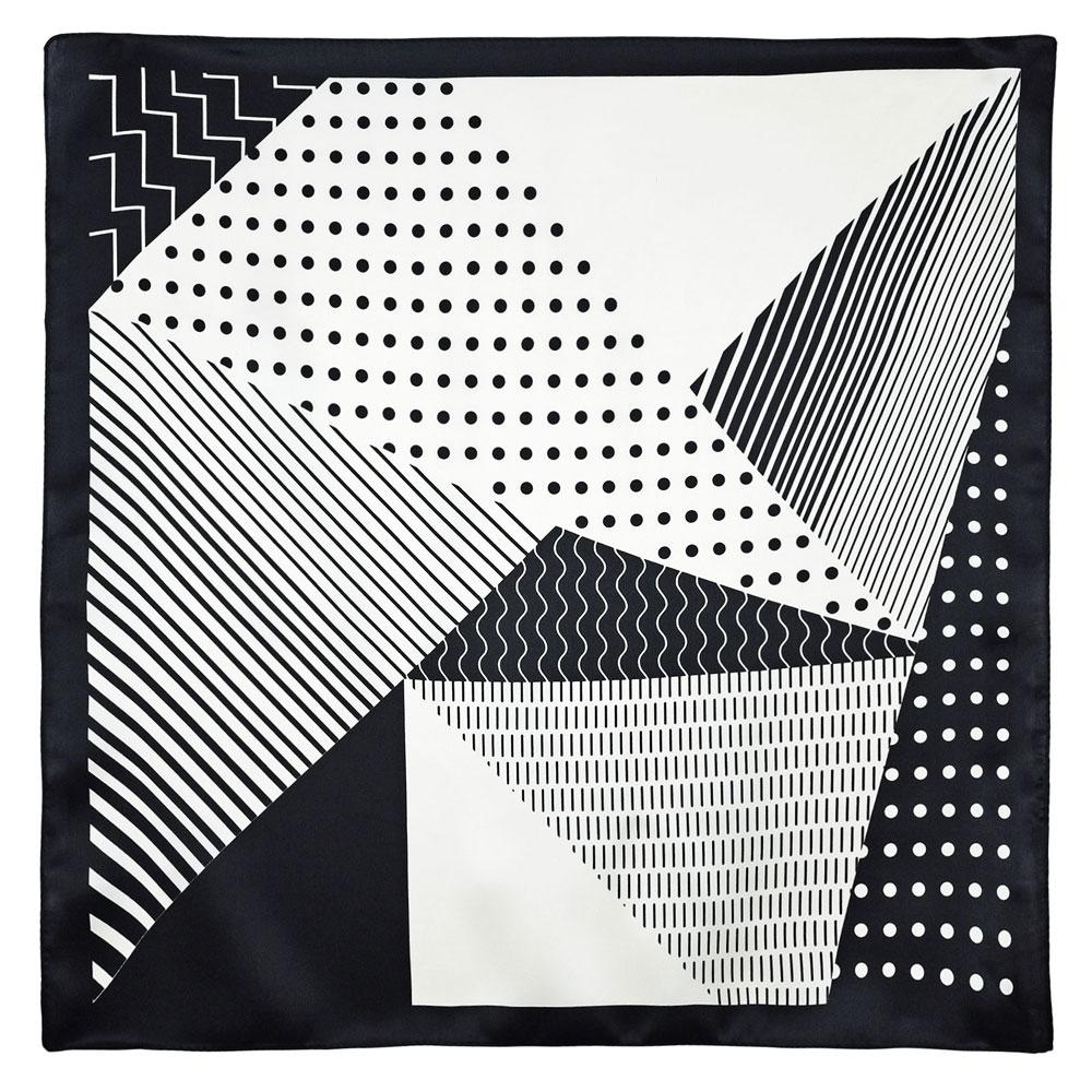 AT-05932-A10-carre-de-soie-triangles-noir-blanc