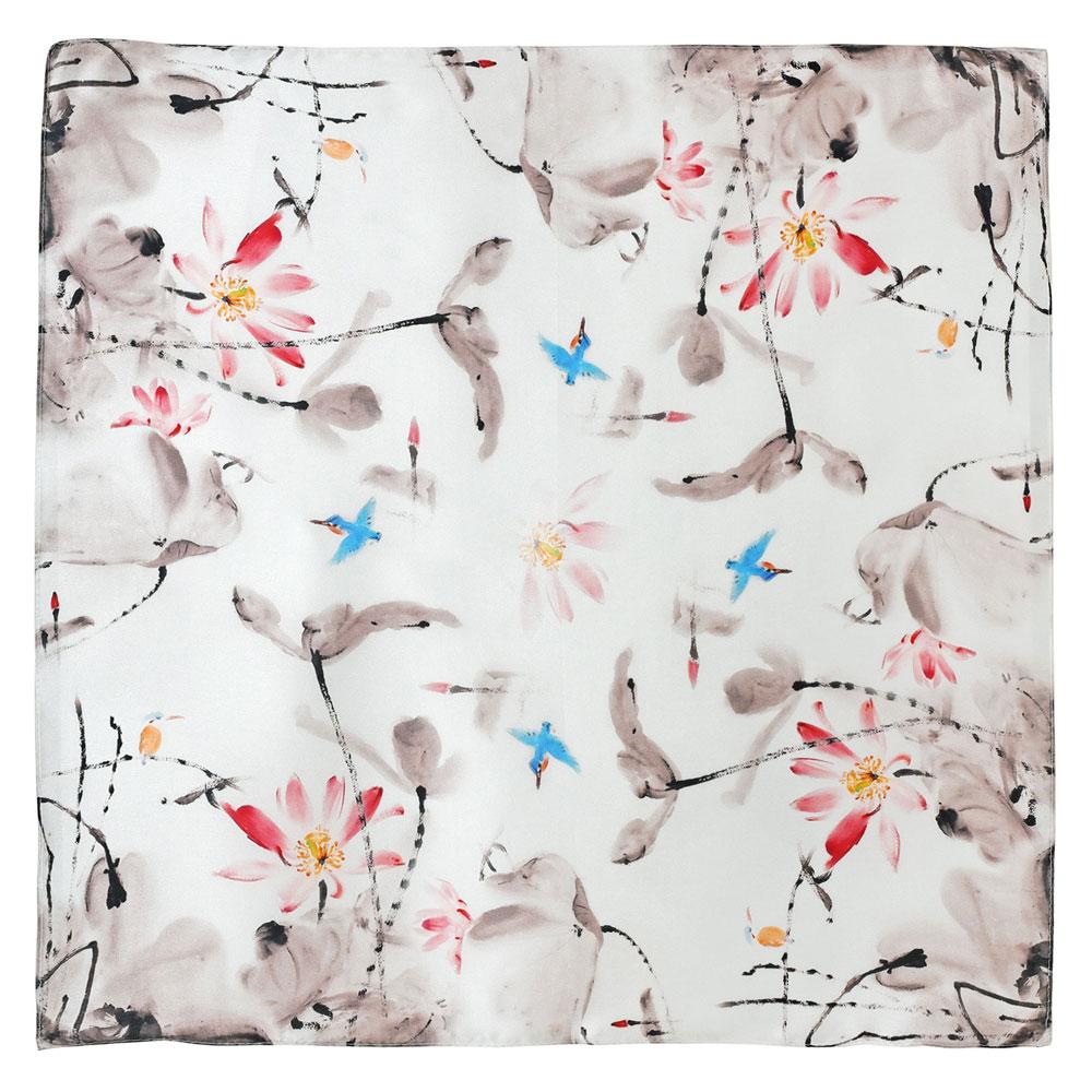 AT-05935-A10-carre-en-soie-femme-beige-oiseaux-mouche