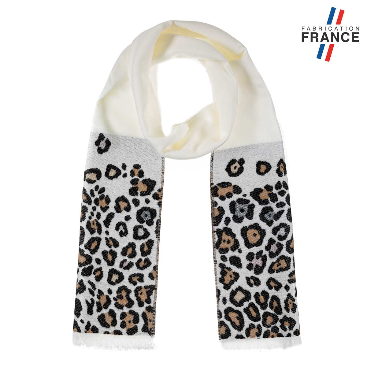AT-06244-F12-LB_FR-echarpe-blanche-leopard-made-in-france