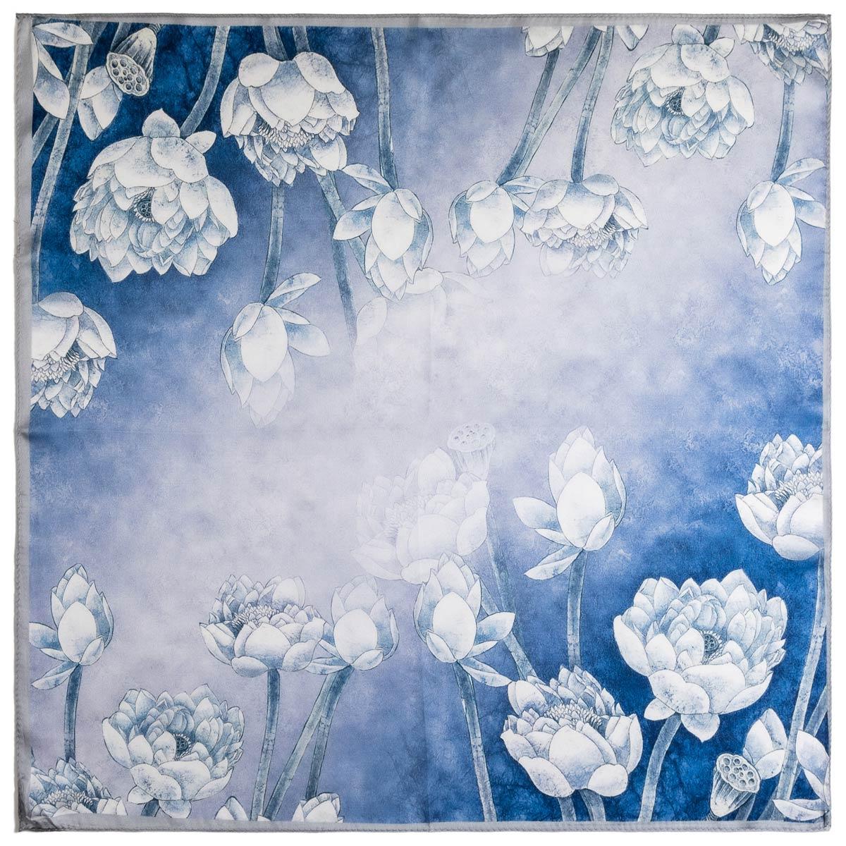 AT-06363_A12-1-carre-soie-bleu-oeillets