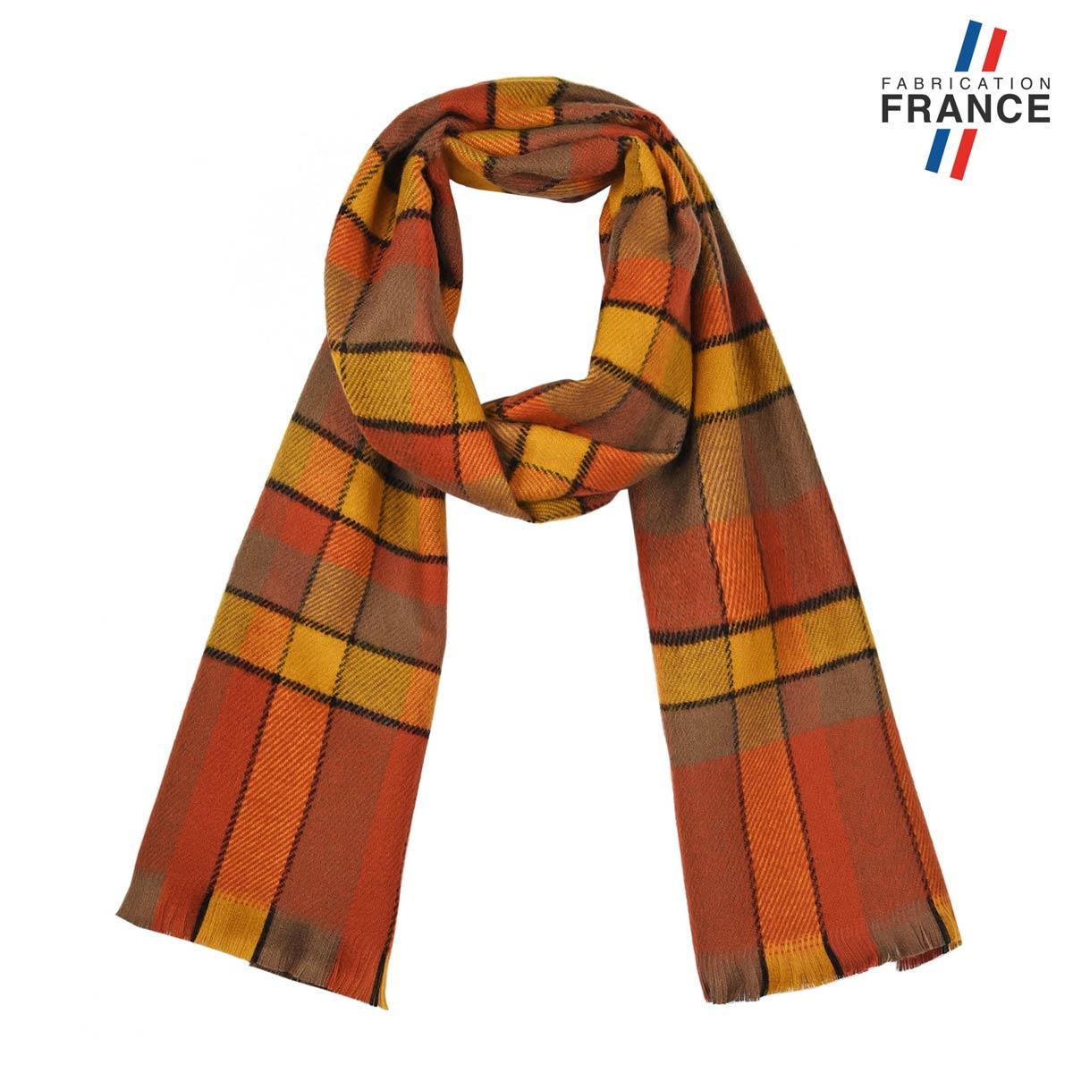 AT-05598_F12-1FR_Echarpe-hiver-tartan-orange