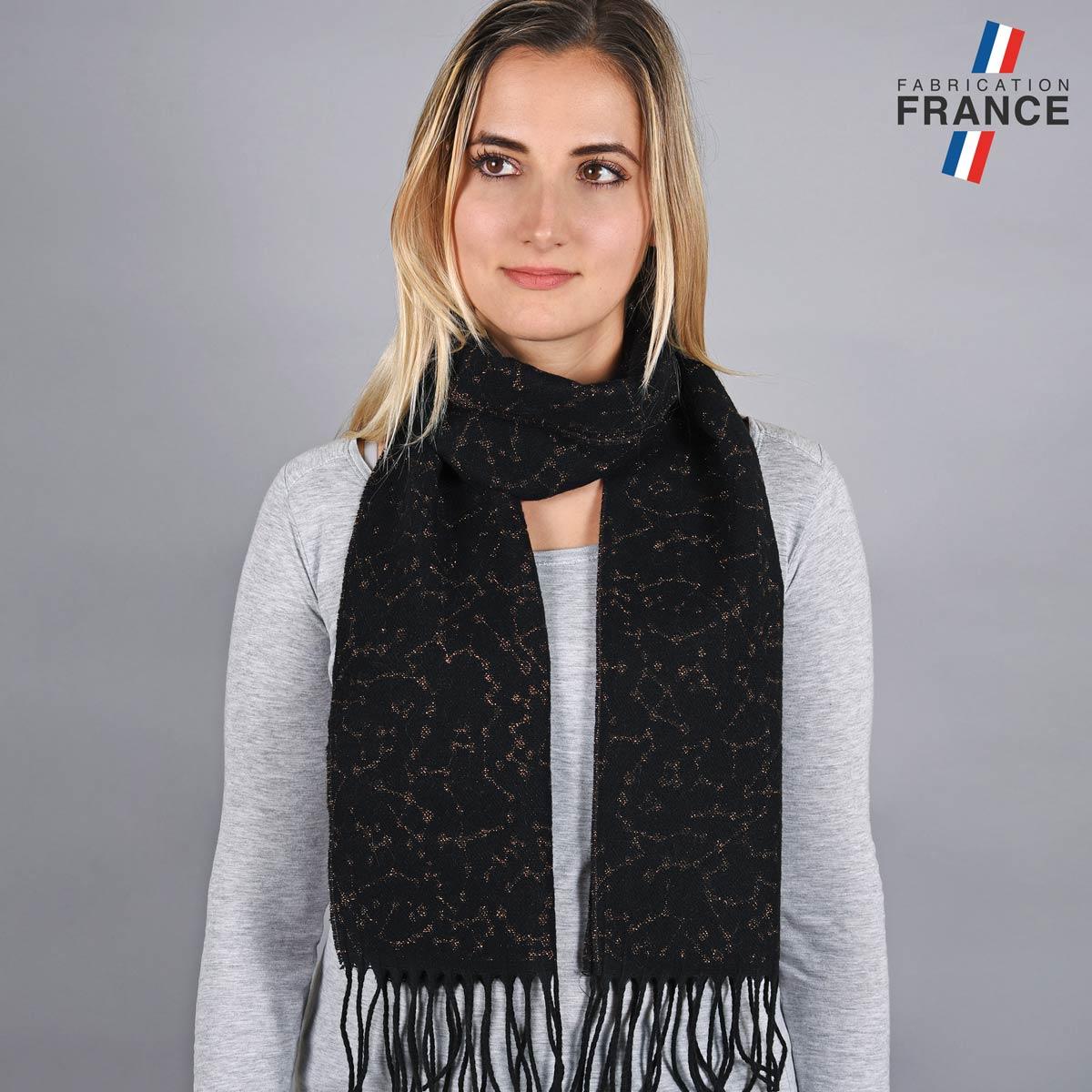 AT-05578_W12-1FR_Echarpe-franges-noire-made-in-france