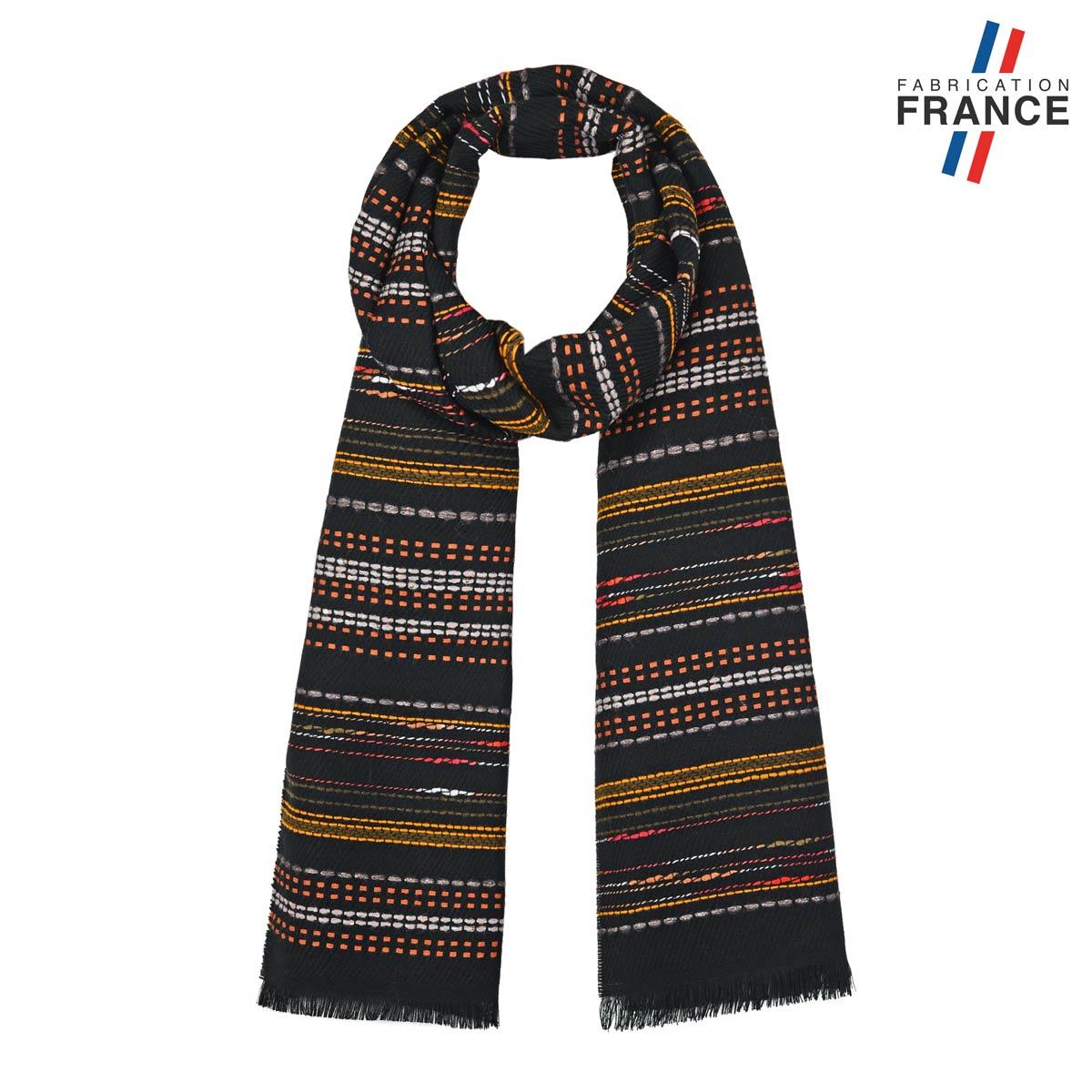 AT-05810_F12-1FR_Echapre-graphique-noire-beige-made-in-france
