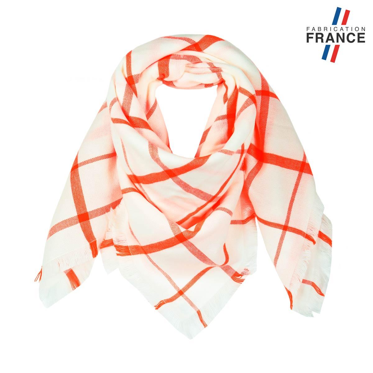 AT-05827_F12-1FR_Echarpefemme-tartan-carreux-orange