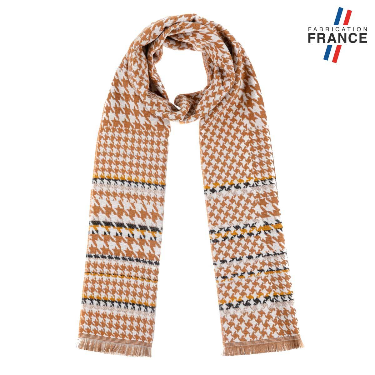 AT-06230_F12-1FR_Echarpe-fabriquee-en-france-pied-poule-beige