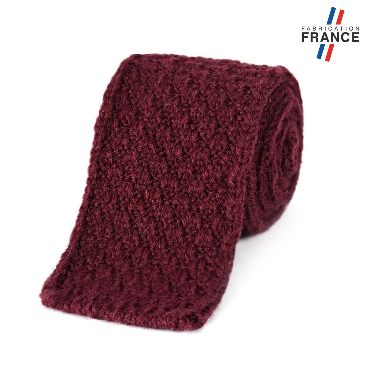 CV-00462_F12-1FR_Cravate-tricot-rouge-bordeaux-fabrication-francaise