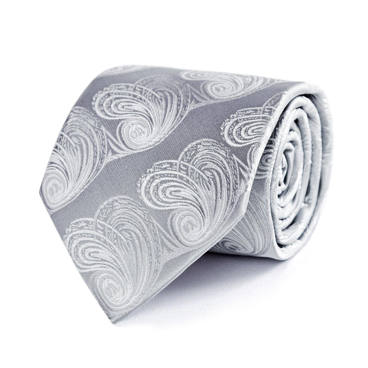 _Cravate-grise-feuille-relief