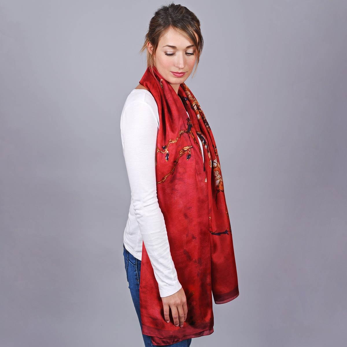 _Etole-femme-bourgeons-rouge