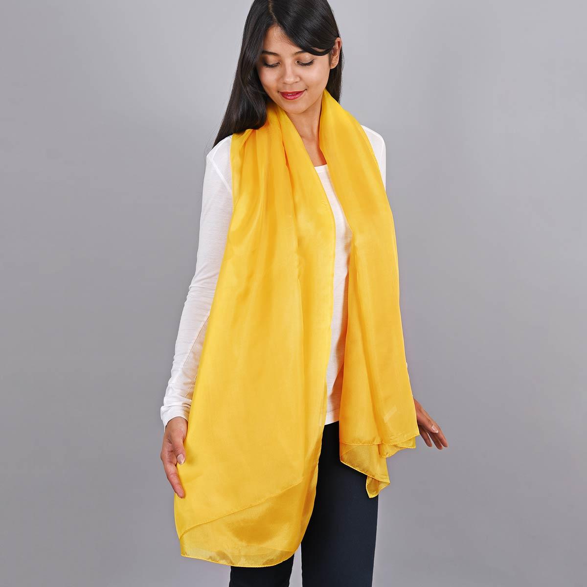 _Etole-en-soie-jaune-moutarde