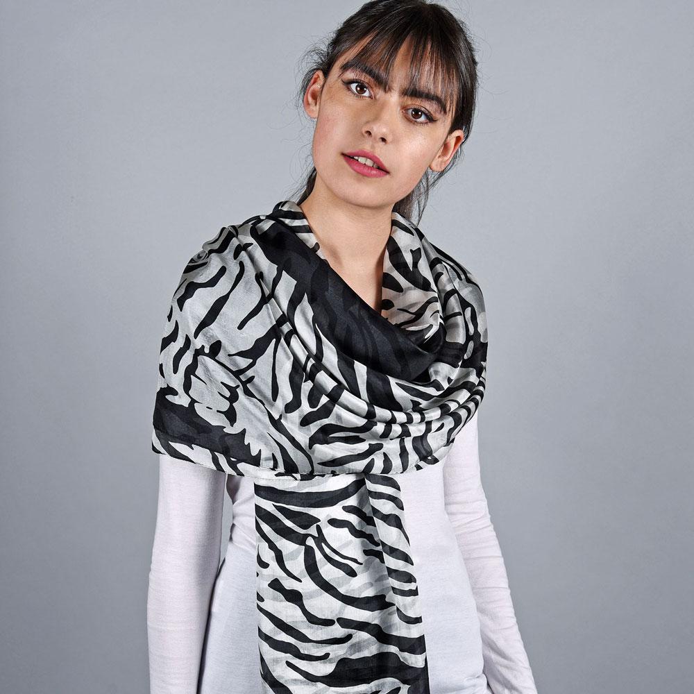 _Etole-soie-femme-zebre