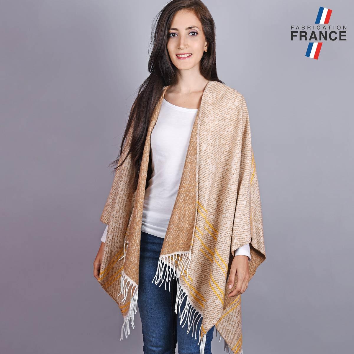 AT-04777_W12-1FR_Poncho-hiver-franges-beige